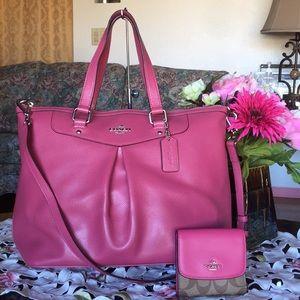 Coach Crossgrain Leather Pleated satchel & Wallet